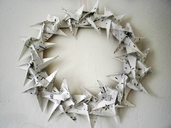 Made diy origami garlands christmas wreath and cards mathilde